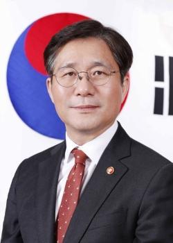 [신년사] 산업 통상 자원부 장관 성윤모 국토 일보